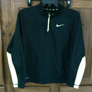 Youth Nike Therma Fit shirt